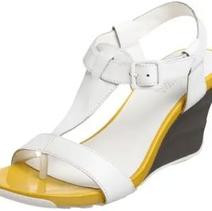 Kenneth Cole Reaction Leather Wedges